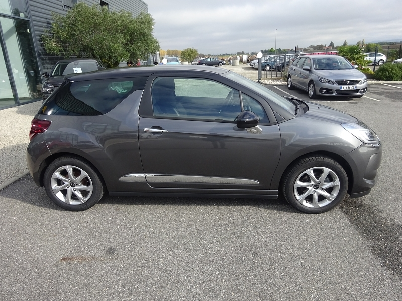 Photo 3 de l'offre de DS DS 3 PURETECH 110CH SO CHIC S&S EAT6 à 17390€ chez 26 Auto